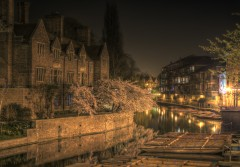 Magdalene_College_Cambridge_night.JPG