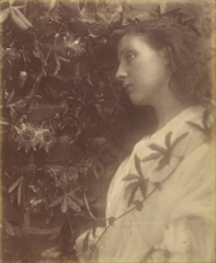 Julia_Margaret_Cameron_the_Passion_Flower_at_the_Gate-_-_Google_Art_Project.jpg